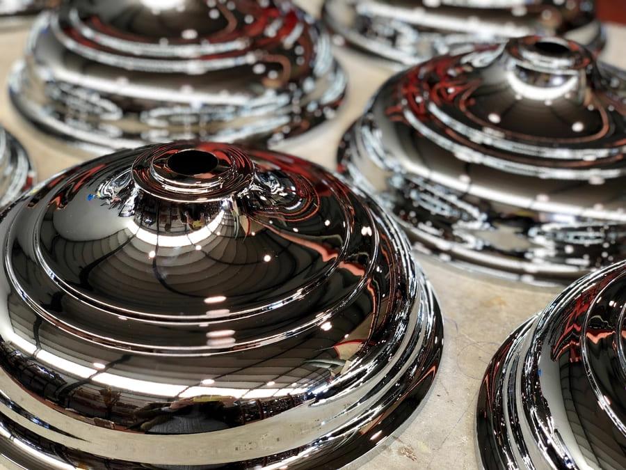 Cromado en piezas metálicas